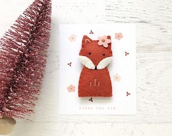 Felt Fox Pin, stocking stuffer, advent calendar filler, backpack pin, brooch gift
