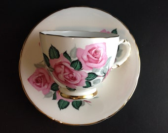 Beautiful Delphine Light Pink Rose nd Rosebud Teacup Made in England Stunning Details Tea Lover Gift Idea Dreams of Summer