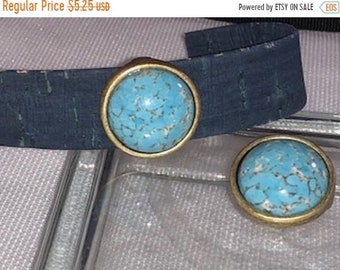 On Sale NOW 25%OFF Beautiful Green Turquoise Slider Bead For 20mm Flat Leather Cords - Antique Brass - Z5451 - Qty 1