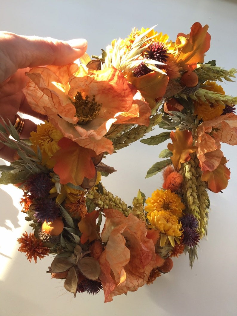 Rustic Garland Wall Hanger A Wreath of Silk and Dried Flowers Wall Flower Arrangment in Autumnal Colours Door Hanger Cottage Chic Dec