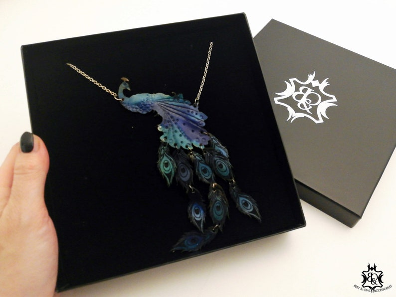 Peacock Necklace incl. jewelry box