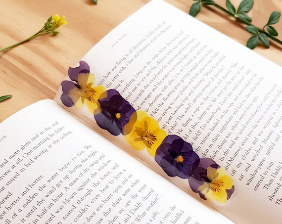 Bookmark kids - bookmark children - bookmark quote - handmade book mark - book lover gift - unique Christmas gifts - unique Flower bookmark