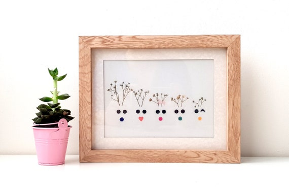 FAMILY TREE FRAME, pressed flowers, handmade frame wall art, reindeer gift, unique Christmas gifts, wall gallery, rudolph frame, deer lover
