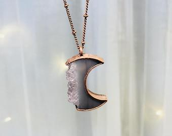 Druzy crystal necklace | Druzy Moon pendant |  Electroformed raw druzy necklace | Raw crystal | Moon Jewelry | Moon Necklace