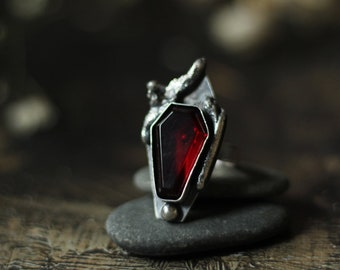 small garnet goth vampire coffin stone ring size custom resizing 8 sterling silver oxidized Nearly Lost Jewelry