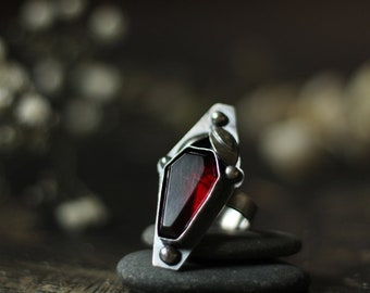 small garnet goth vampire coffin stone ring size custom resizing 7.75 sterling silver oxidized Nearly Lost Jewelry