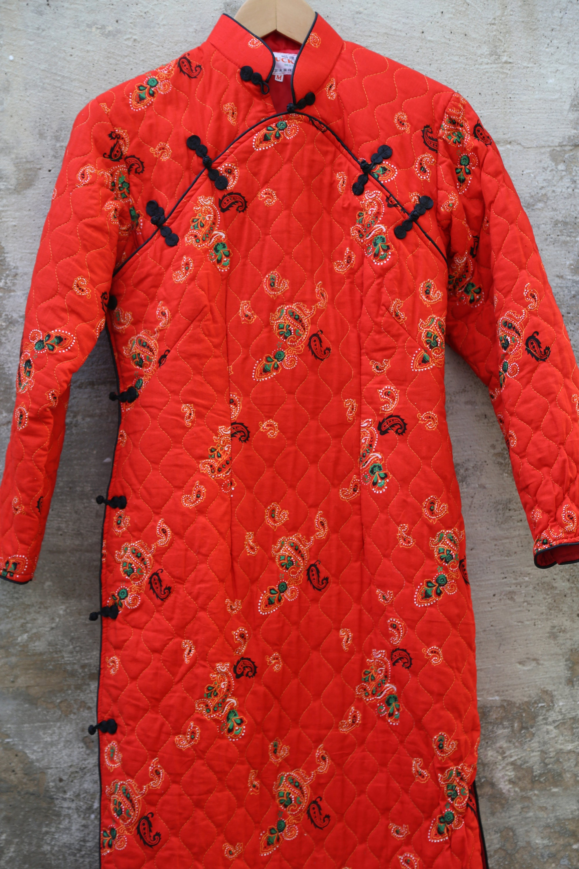 80s Dresses   Casual to Party Dresses Small Red Asian Vintage Kimono Dress Jacket 1980S 80S Lucky Paisley Quilt Blanket 1990S 90S Warm Winter Unique Ethnic 1960S 60 1970S 70S $28.00 AT vintagedancer.com