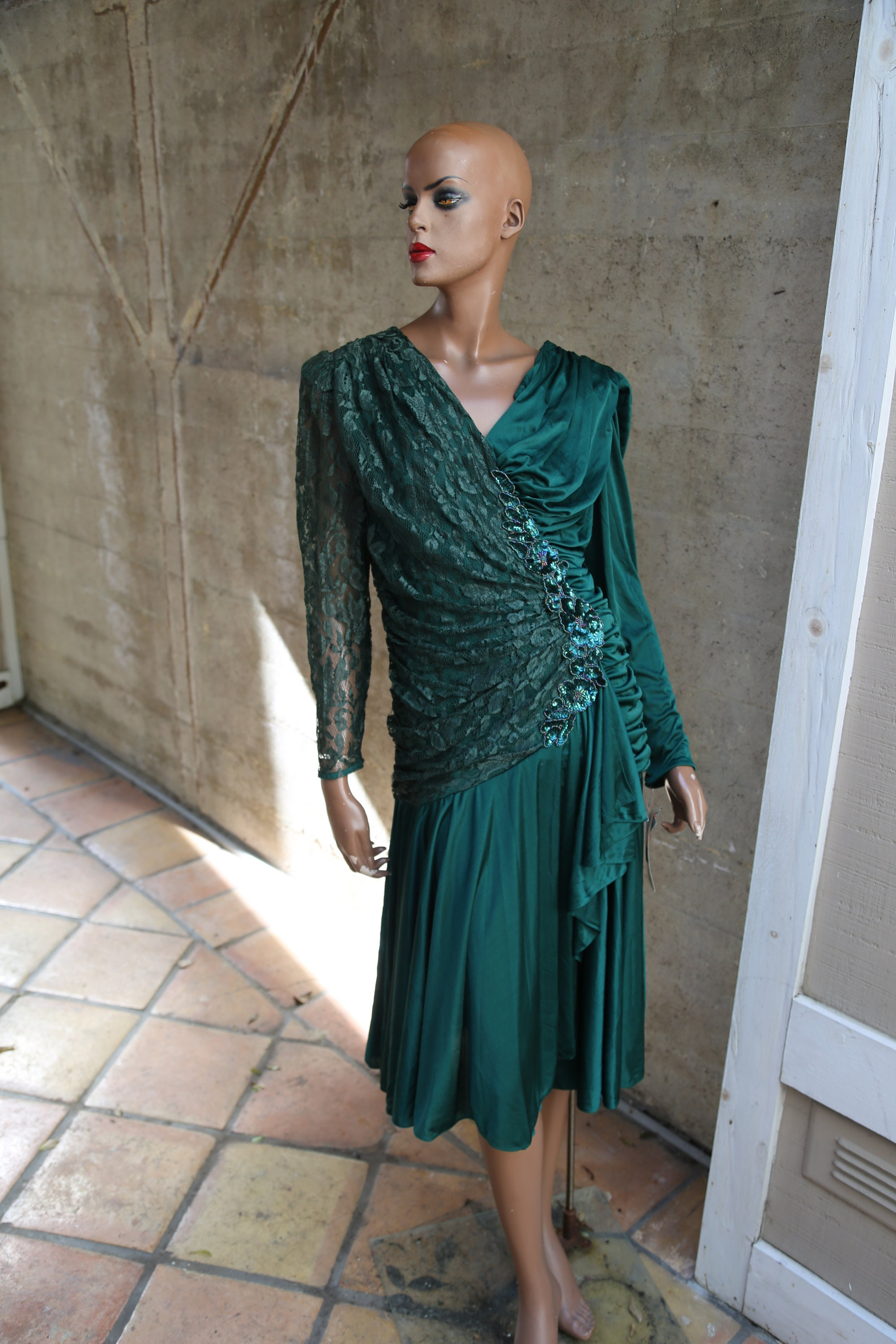 80s Dresses   Casual to Party Dresses 1980S Lace Beaded Sequin Dress Forest Green Size 78 $28.00 AT vintagedancer.com