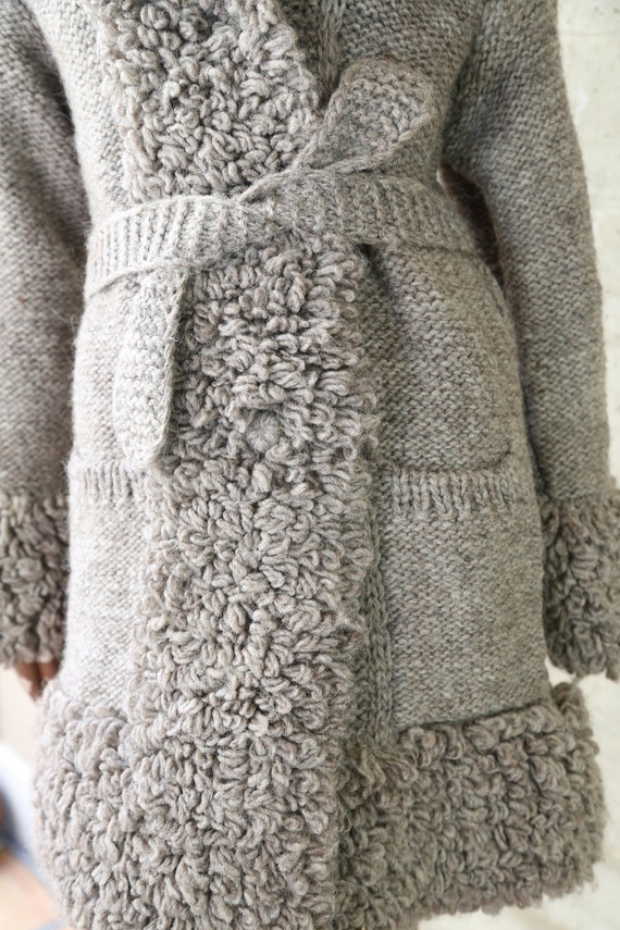 Vintage Hand Knit Sweater - image 8