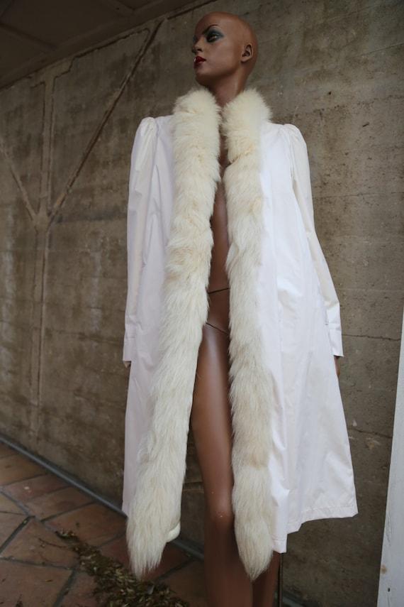 1980s White Faux Fur Collar Trench Coat AMAZING Lo