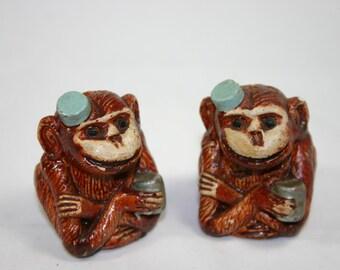 Vintage salt and pepper shakers unique ceramic organ grinder monkeys hand carved