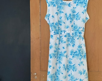 Women's Blue floral pop art Dress with pockets from repurposed vintage sheets. Nostalgic upcycled sustainable sheets. Size S L