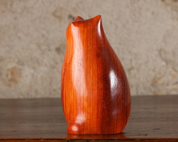 Fat Cat Carving Carved From Bright Padauk Padouk Wood by Perry Lancaster, Original Authentic Handmade Cat Genuine PJL Sculpture