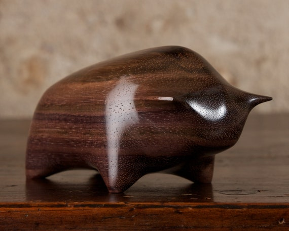 Wooden Bull Sculpture Hand Carved From Genuine Indian Rosewood Wood by Perry Lancaster, Toro Carving Figurine Artisanal Handmade Craft