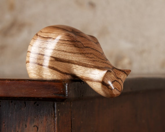 Small Wooden Peeping Tom Cat Sculpture Carved From Zebrano Zebrawood by Perry Lancaster, Stripy Cat Figurine Statue