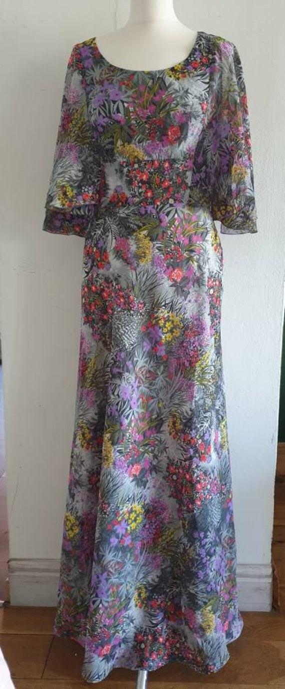 70s Floral Maxi Dress / Vintage Angel Sleeved Long