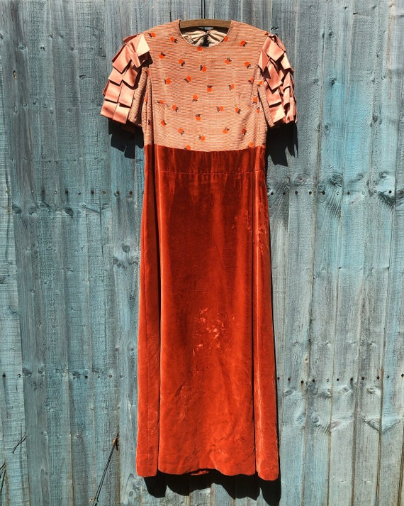 1930s Vintage Silk Velvet Dress with Ribbon Tassel
