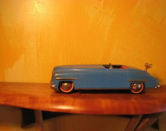 Vintage 1950's Distler Ford D-3200 Wind Up Convertible