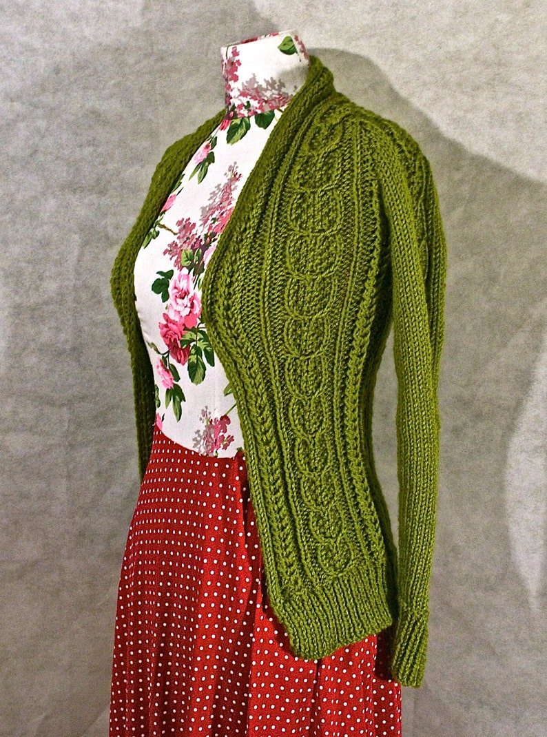 UK 68 Olive Green Seeded Wishbone Patterned Hand Knit Cardigan