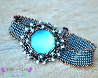 Roxanne beadweaving bracelet tutorial - pattern with seed beads, lunasoft cabochon and half tila beads