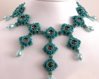 Lady Evanthia, bead weave pattern for a necklace, bracelet or earrings with swarovski, rulla beads, seed beads and glass beads
