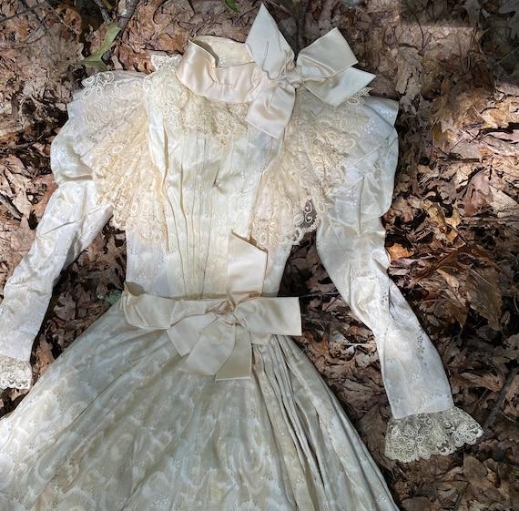 Antique VICTORIAN Silk Wedding Ensemble XS - image 4