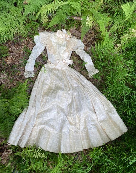 Antique VICTORIAN Silk Wedding Ensemble XS - image 1
