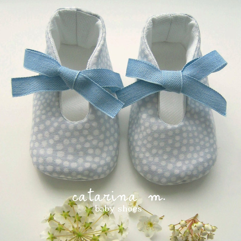 + two variants SEWING PATTERN Baby Shoe Model n.1 * Catarina M.