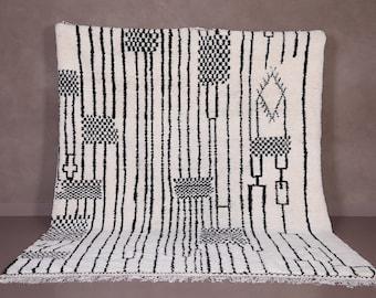 Authentic Beniourain rug - Moroccan rug - Contemporary rug - custom area rug - wool Berber rug - Moroccan area rug