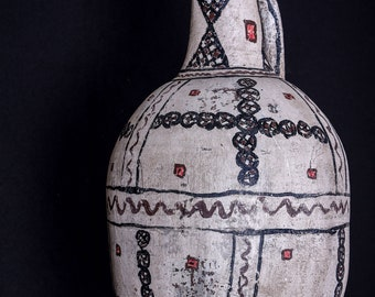 90 years Old Algerian clay pot with a lid, Vintage Berber pottery milk pot,