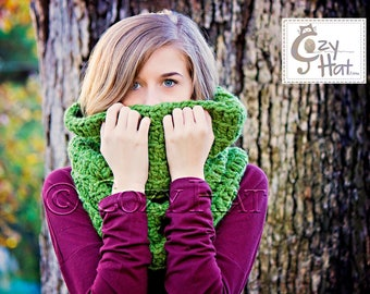 Hooded Cowl / Hooded Scarf / Crochet Cowl / Snood Hood / Chunky Cowl / Custom Color // Sasha Large //