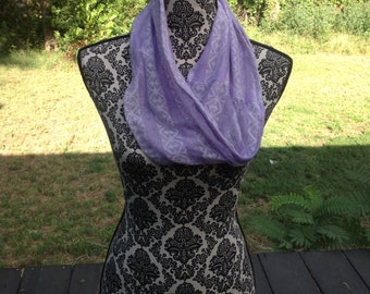 Purple and White Lace Cowl