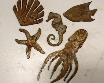 "Set Lot of 5 Sea Creatures 3"" - 6"" Octopus Seahorse Starfish Fish Clam Rusty Vintage Antique-y Metal Steel Wall Art Craft Ornament Stencil"