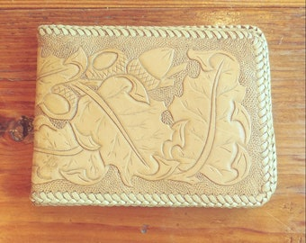 8f5e7d0ace5e Vintage Tooled Acorn Wallet