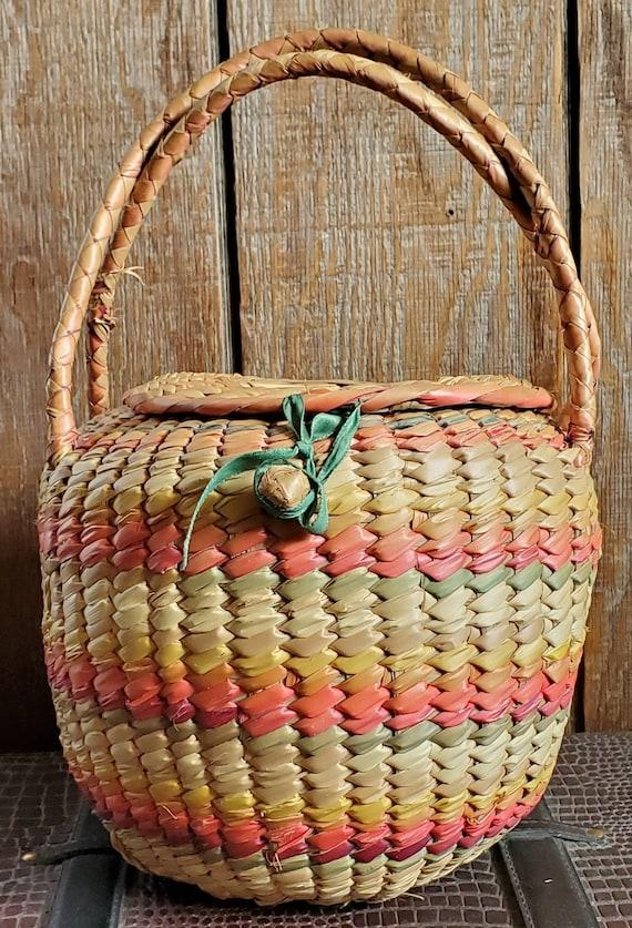 Vintage 1960s Basket Purse