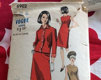 1960s 60s Original Vintage Sewing Pattern Mod Two Piece Suit Dress Jacket Vogue 6902 Bust 34