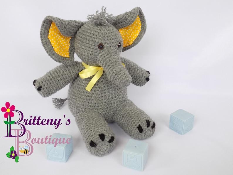 Amazon.com: Crochet Elephant Plush Toy: Handmade | 596x794