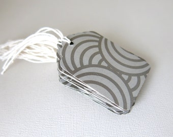 """Pkg of 20 - 2.5"""" Grey Brown Ripple Tags with Bakers Twine"""