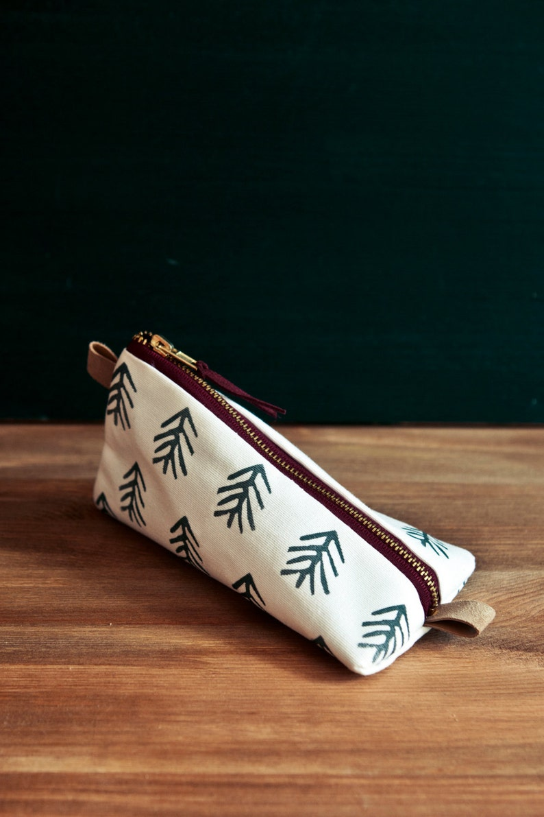 HEIMARBEIT Design Pencil case with tree pattern image 0