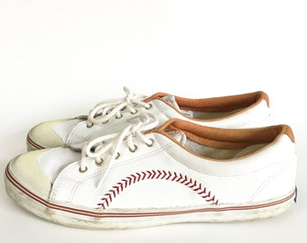 a7ef1b25e6f Vintage 1992 Keds Championship Series Baseball Stitched Leather Sneakers -  Well Worn - Size 10 Mens