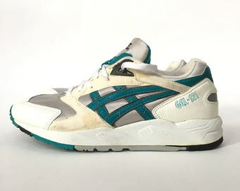 low priced 7713e 184e7 Original Vintage 1993 Asics Gel-121 Teal 3M Reflective Running Sneakers -  Gently Used Mens Size 9