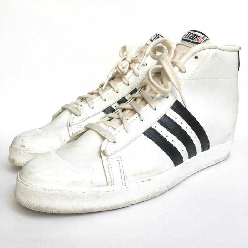 b4e98cebddf7 Vintage 70s 80s Trax High Top Black and White 3 Stripe