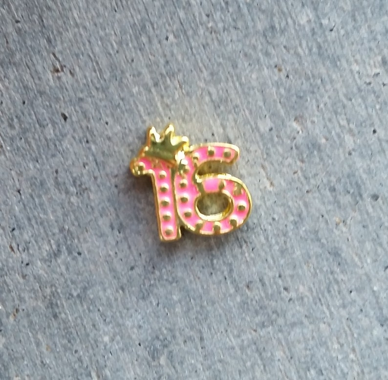 Floating Charm For Glass Memory Lockets Gold Sweet 16 image 0