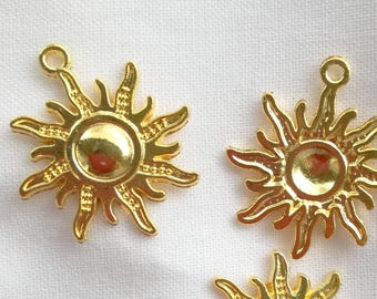 Golden Sun Charm (by 1 or by 5 pieces) - 25 mm - hole 2 mm