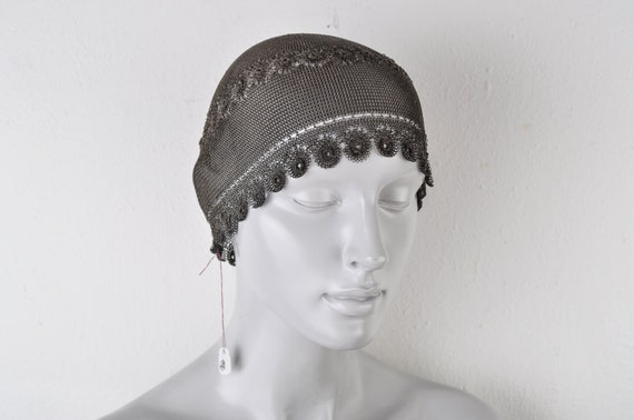 1920's Sterling Silver Skull Cap Chain Mail Links… - image 2