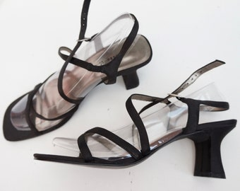 88103ce8ca380a Vintage 90s Minimalist Unlisted Black Strappy Sandals Square Toe Chunky Heel-Size  8.5