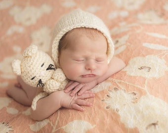 Newborn sleepy kitty buddy knit crocheted set in winter white