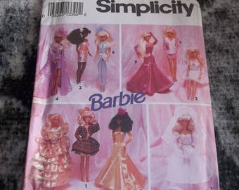 "Vintage 1992 Simplicity Barbie pattern #8157 one size  Uncut ""Evening Wardrobe"""
