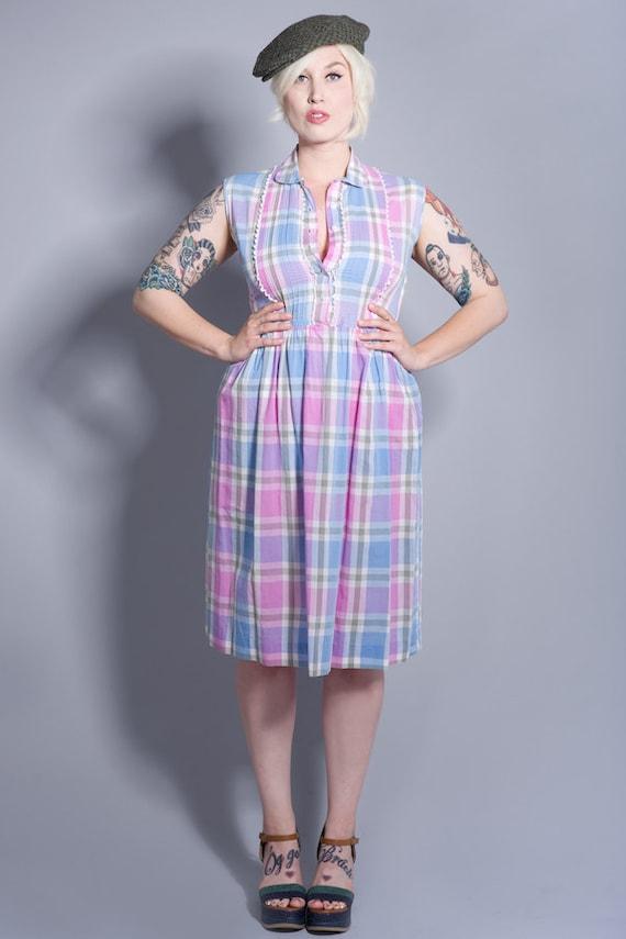 1950s Pastel Plaid Day Dress - Size Med/Large