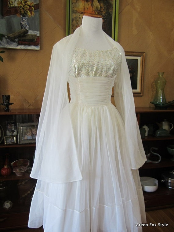 Reduced 1950's Kerrybrooke White Dress with Sequin